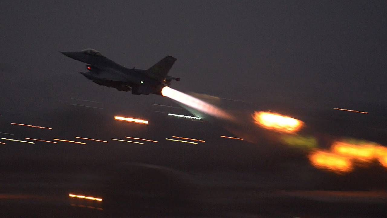 Do Polski przyleciało kilkadziesiąt samolotów bojowych F-15 i F-16 (fot. Dept of Defence)