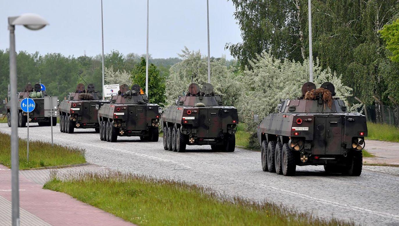 Wojskowe konwoje pojawią się w zachodniej i północno- zachodniej Polsce (fot.PAP/Marcin Bielecki)