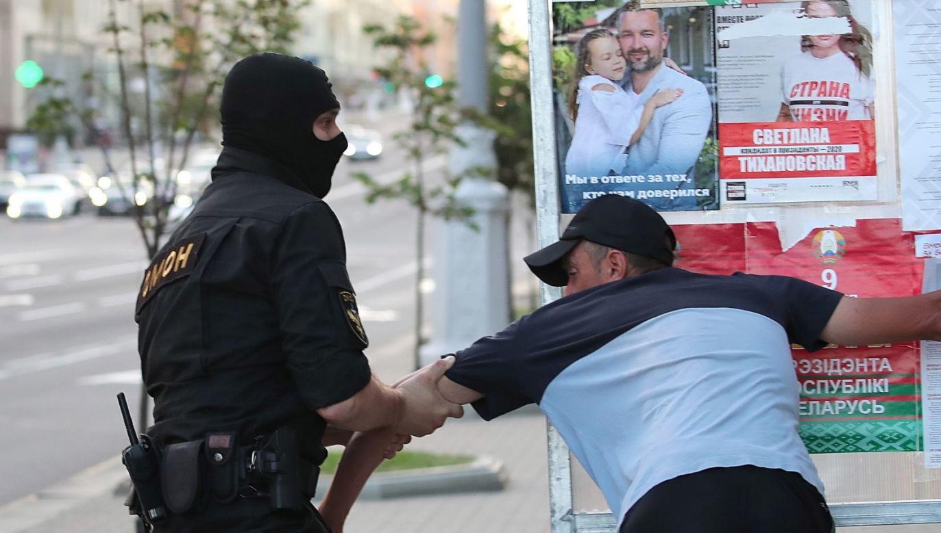 Andrzej Duda i Gitanas Nauseda apelują o przestrzeganie standardów demokratycznych (fot. PAP/EPA/TATYANA ZENKOVICH)
