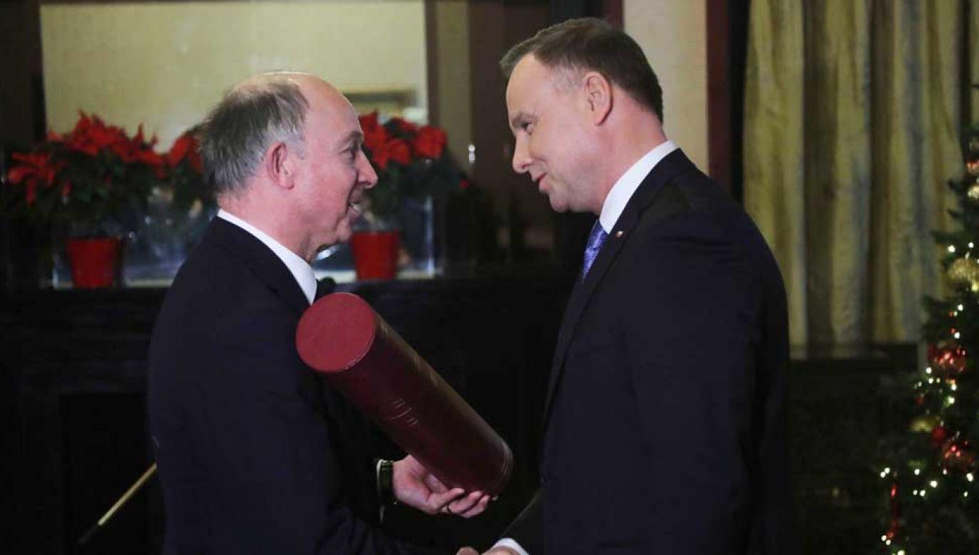 Nominację generalską dla pułkownika Kornickiego odebrał jego syn Richard Kornicki (fot.  PAP/Wojciech Olkuśnik)