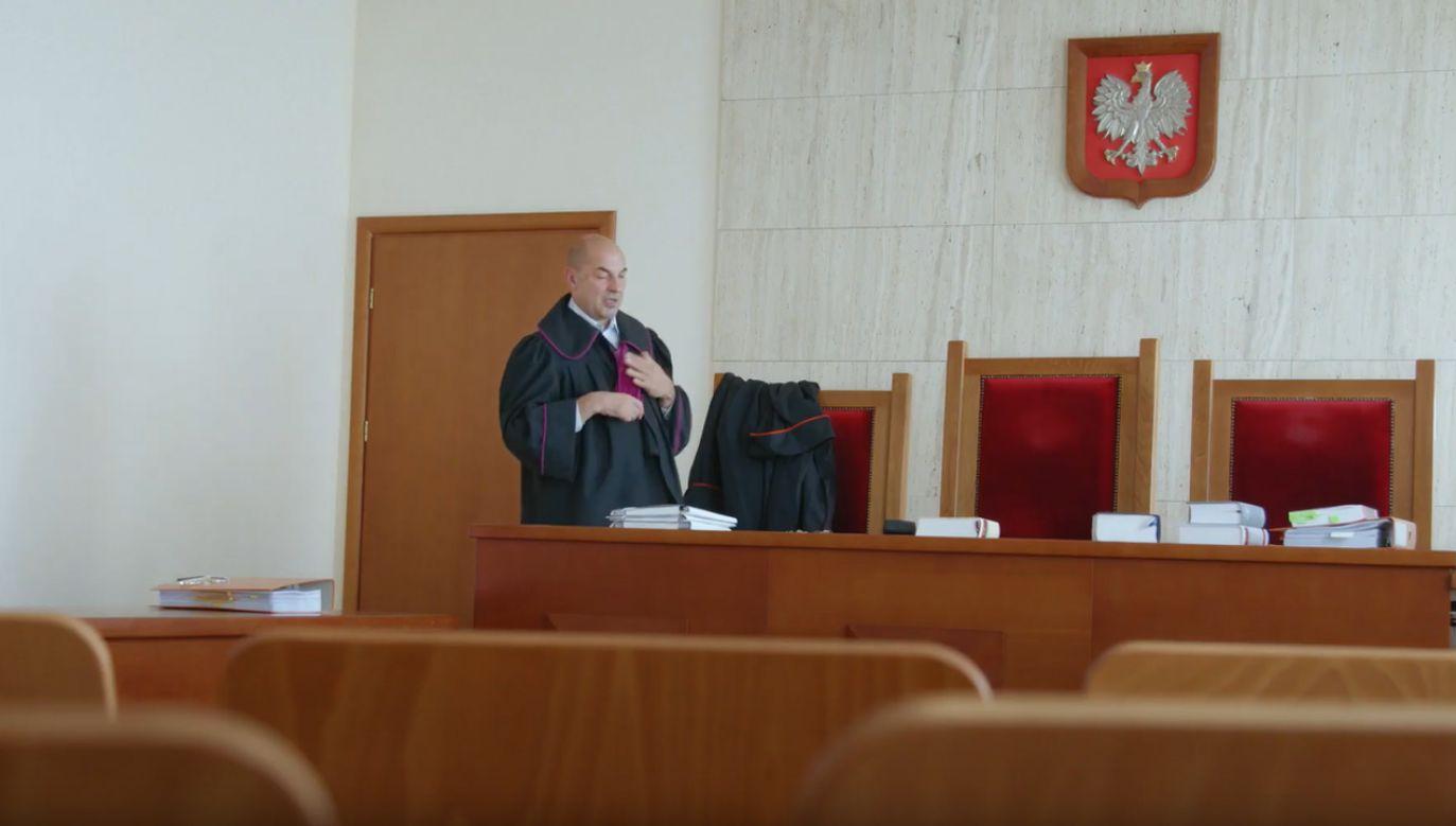 """""""Jesteśmy niezależnym, apolitycznym i samorządnym stowarzyszeniem polskich sędziów"""" – czytamy na stronie stowarzyszenia Iustitia (fot. YT/  Robert Hojda)"""