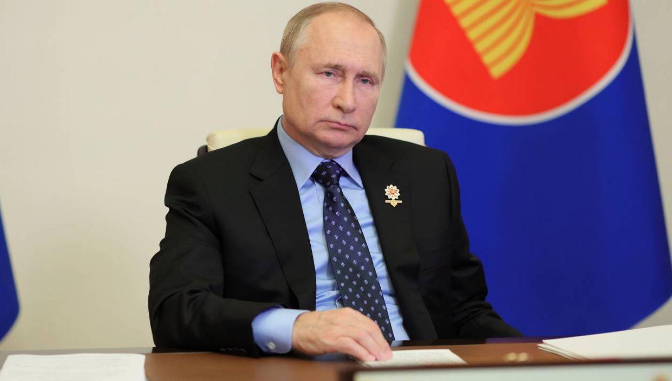 Prezydent Władimir Putin twierdzi, że Rosja nie używa energii jako broni (fot. PAP/EPA/EVGENIY PAULIN / SPUTNIK / KREMLIN POOL)