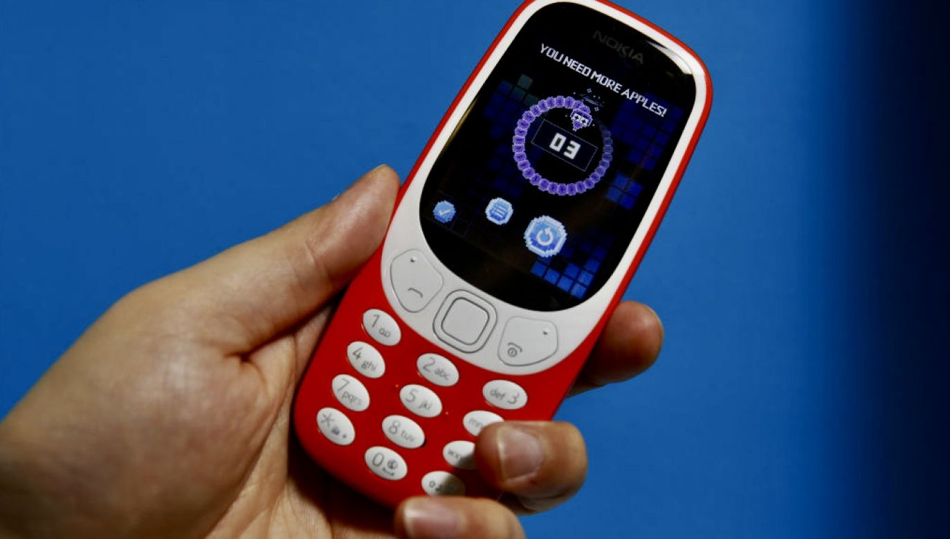 Telefon był podłączony do ładowania (fot. Luke MacGregor/Bloomberg/Getty Images)