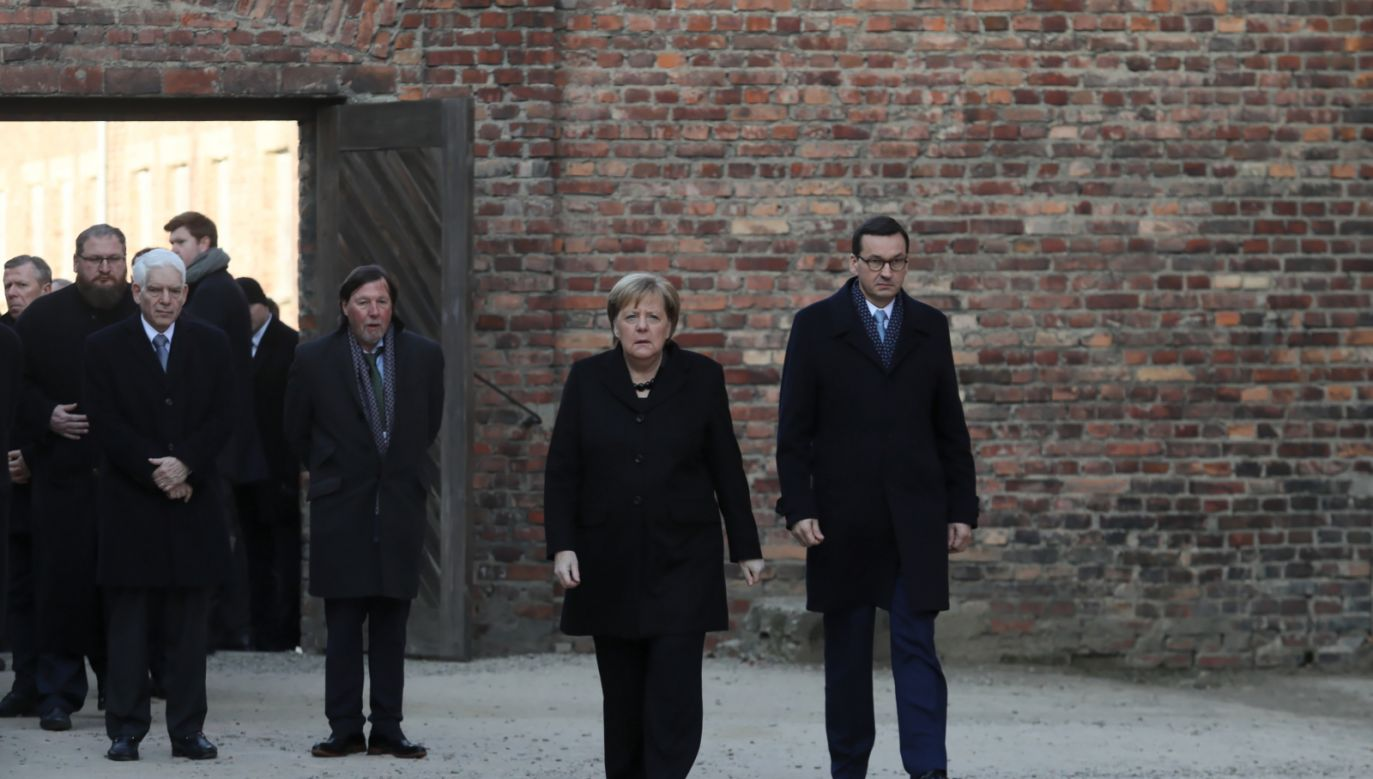 Pamięć o zbrodniach, nazywanie sprawców po imieniu i godne upamiętnianie ofiar to - według szefowej niemieckiego rządu - obowiązek, który się nie kończy (PAP/Andrzej Grygiel)