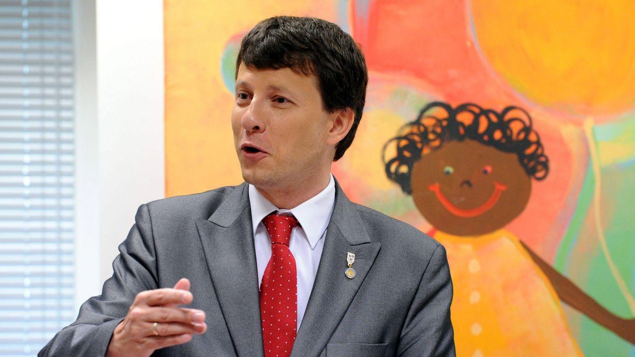 Rzecznik Praw Dziecka Marek Michalak twierdzi, że nie znał szczegółów publikacji dostępnej na jego stronie internetowej (Fot. PA