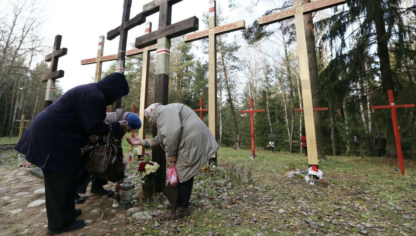 Do odkrycia prawdy mogłyby nas przybliżyć ekshumacje ofiar (fot. arch.PAP/EPA/T.ZENKOVICH)