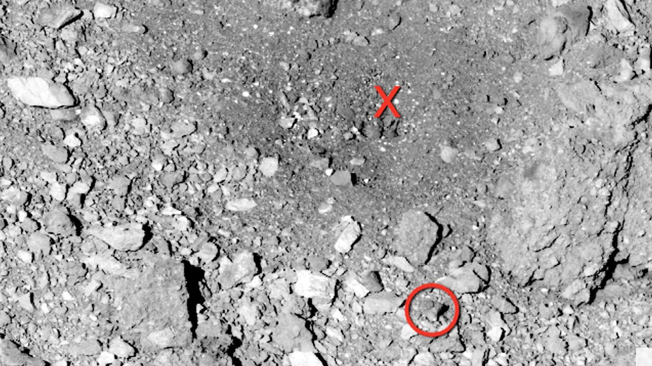 Zdjęcia z powierzchni asteroidy Bennu wykonane przez OSIRIS-REx (fot. NASA)