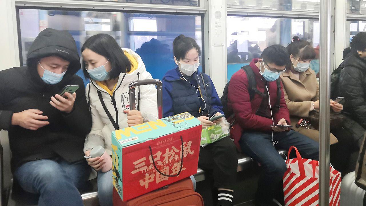 Pandemii, która wybuchła w Wuhan nie wypada nazywać chińskim wirusem (fot. Shutterstock/helloabc)