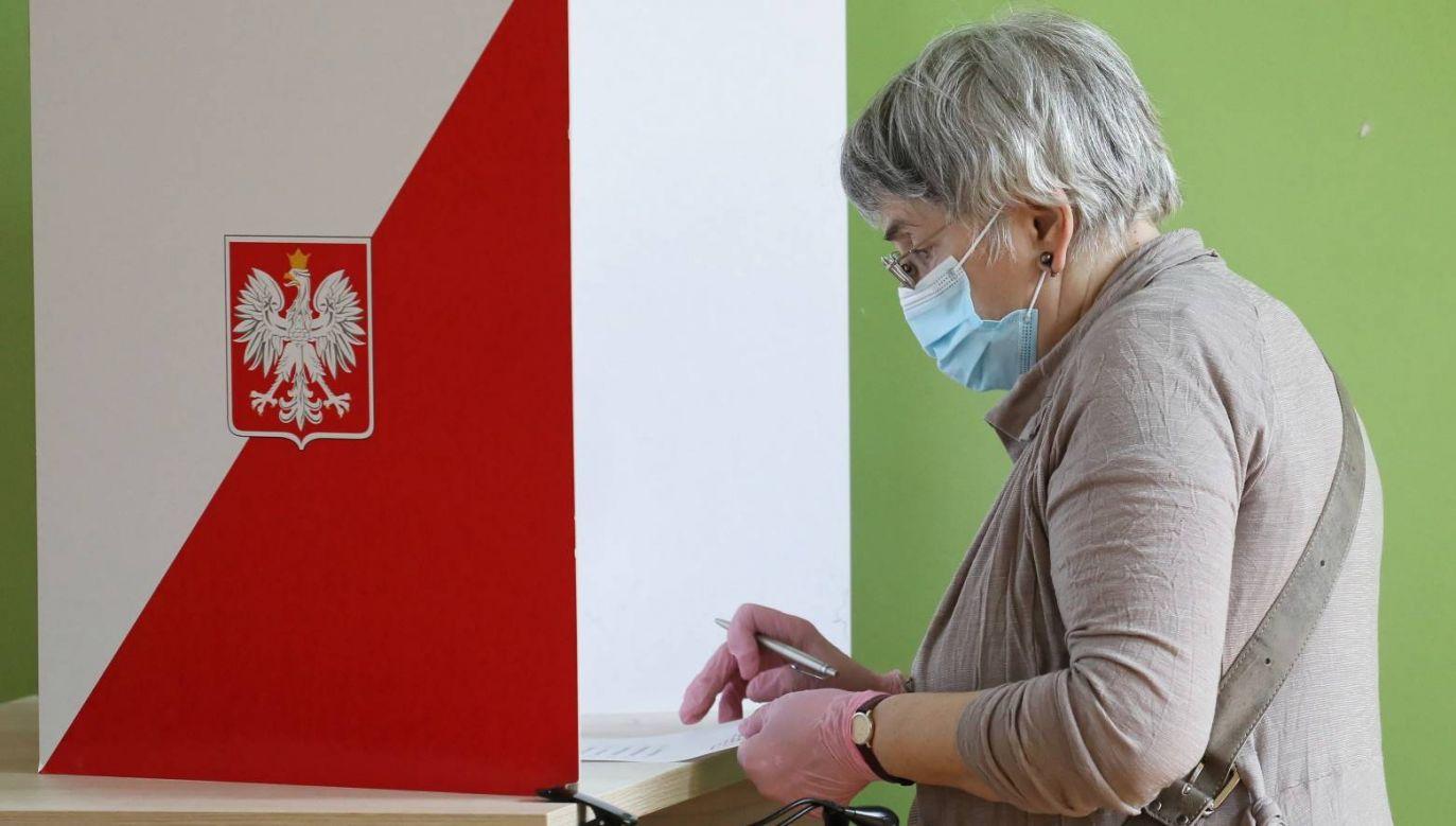 Zbliża się druga tura wyborów prezydenckich (fot. PAP/Paweł Supernak)