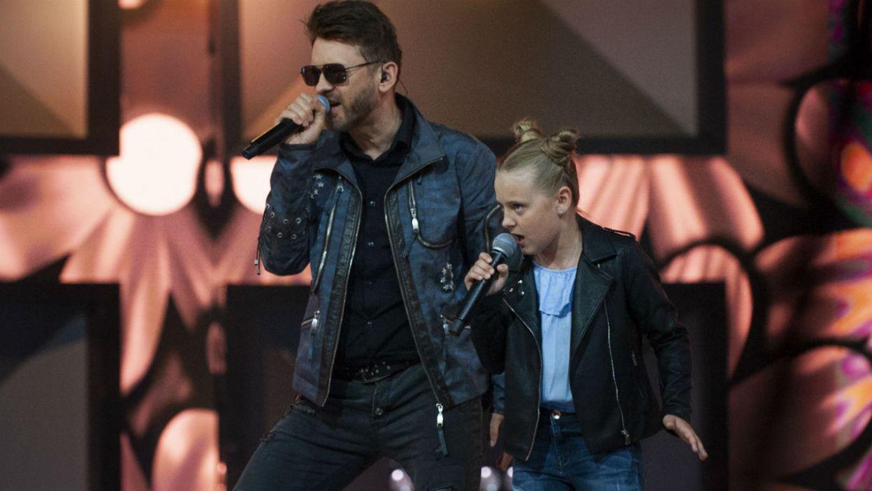 Gabriela Katzer wyśpiewała sobie miejsce w finale razem z Papa D. (fot. TVP)