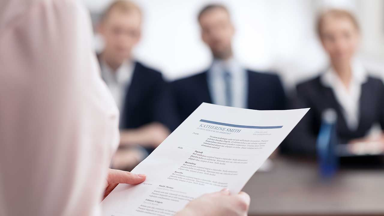 Kobieta nie zatrudniała kandydatów, których dane pozyskała (fot. Shutterstock/Photographee.eu)