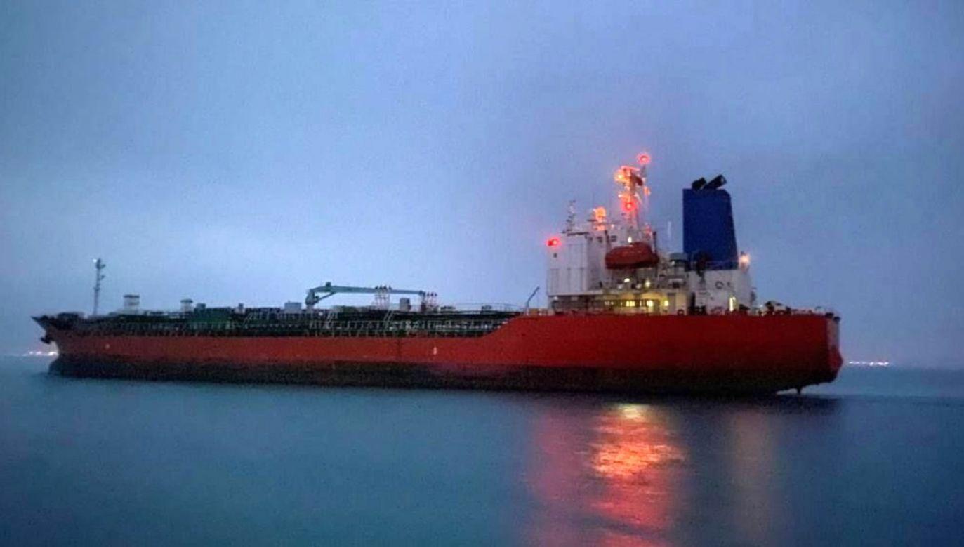 "Tankowiec ""Hankuk Chemi"" przewoził 7 tys. ton alkoholu etylowego (fot. PAP/EPA/SOUTH KOREA FOREIGN MINISTRY HANDOUT)"