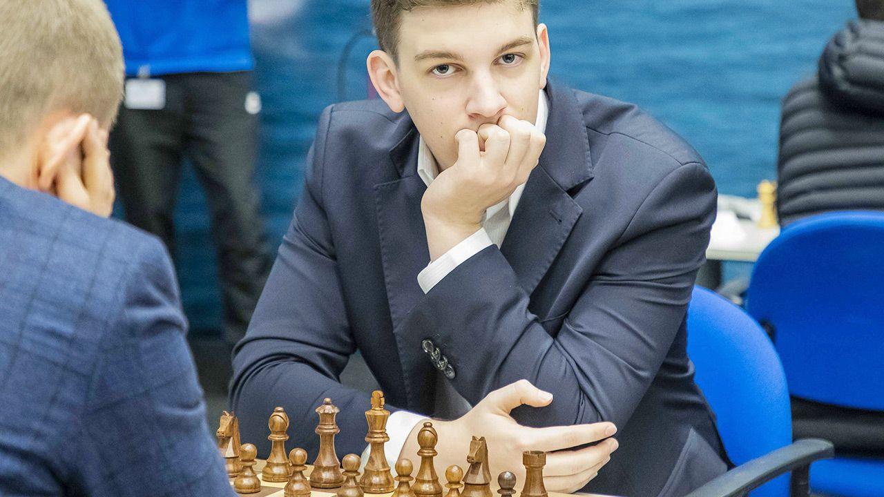 Jan-Krzysztof Duda wygrał rywalizację w szachach szybkich (fot. PAP/EPA)