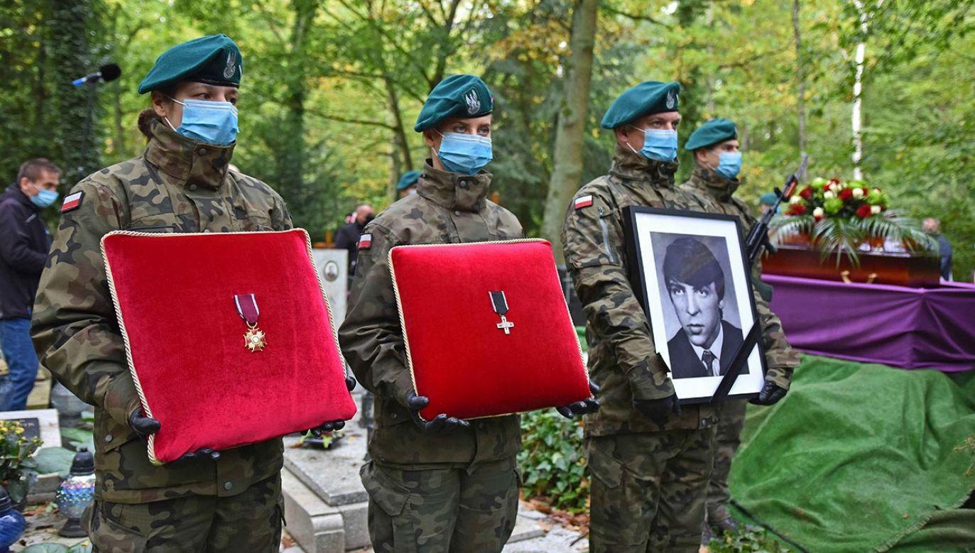 17 października w Szczecinie odbył się uroczysty, państwowy pogrzeb Stanisława Nadratowskiego (fot. https://szczecin.ipn.gov.pl/)