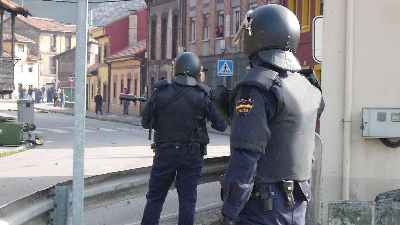 Hiszpańska policja zatrzymała dwóch osobistych ochroniarzy byłego wicepremiera (fot. Wiki 2,0/jlmaral)