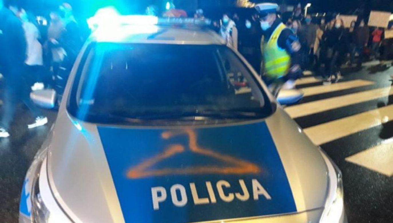 Nadkomisarz KSP podkreślił, że najważniejsze jest bezpieczeństwo dla policji (fot. Policja)