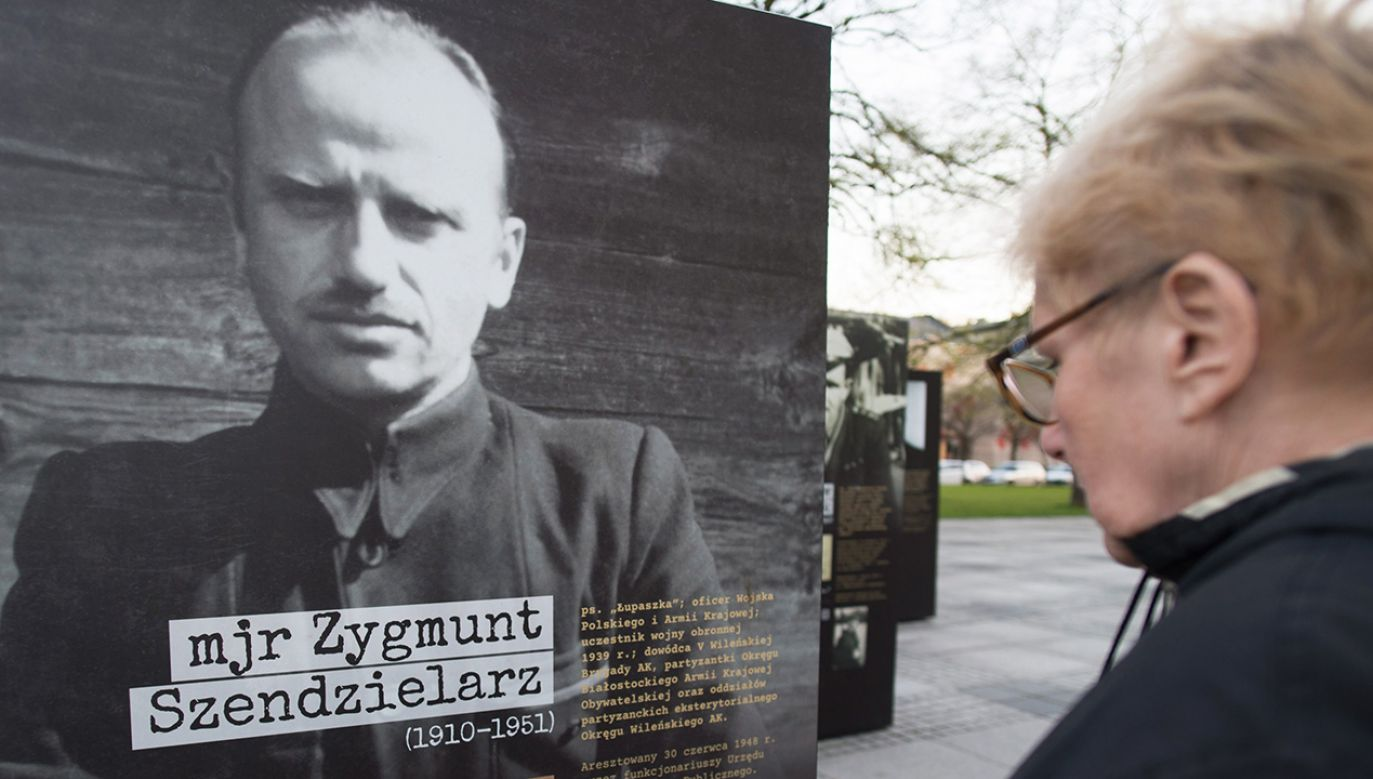 Wedłu radnych niechętnych zmianie, były uchybienia regulaminowe (fot. arch. PAP/Grzegorz Michałowski)