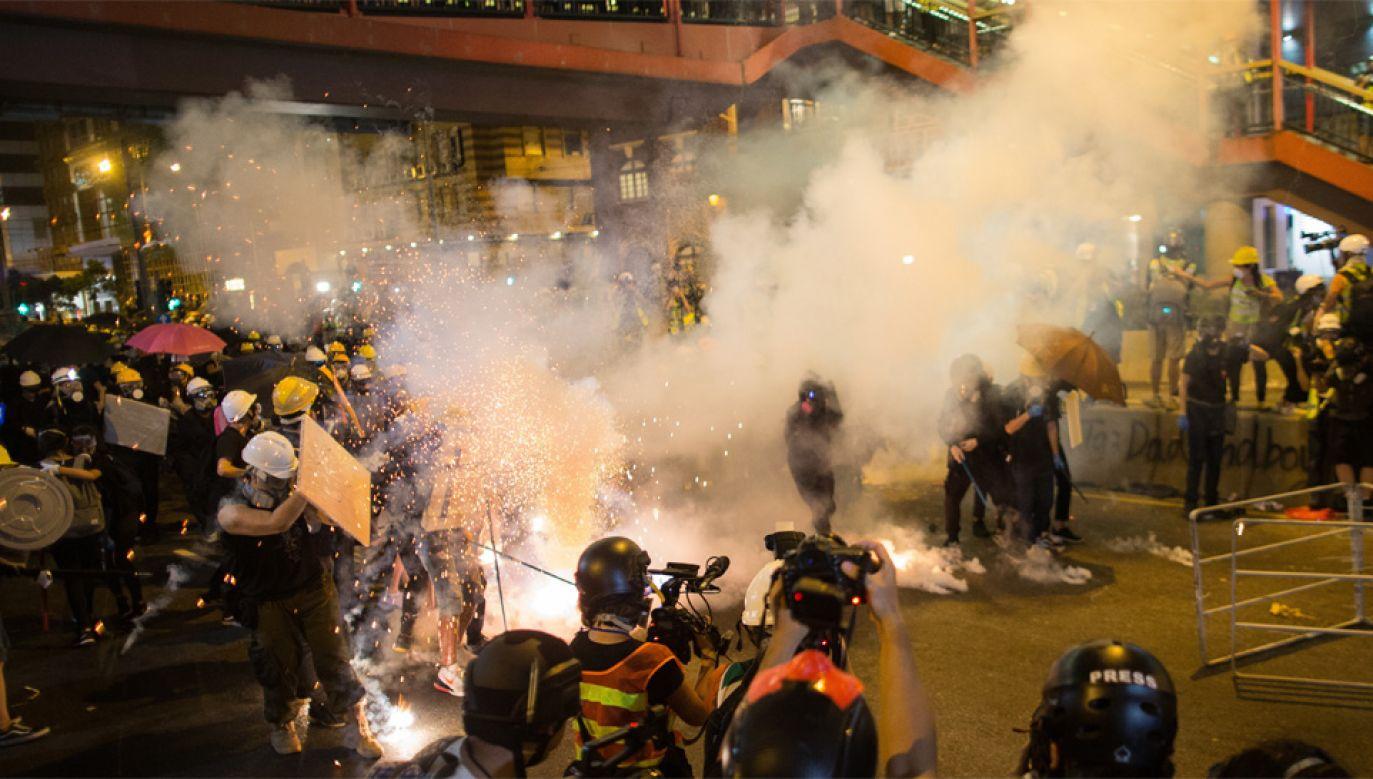 Tłumione protesty trwają od wielu tygodni (fot. PAP/EPA/JEROME FAVRE)