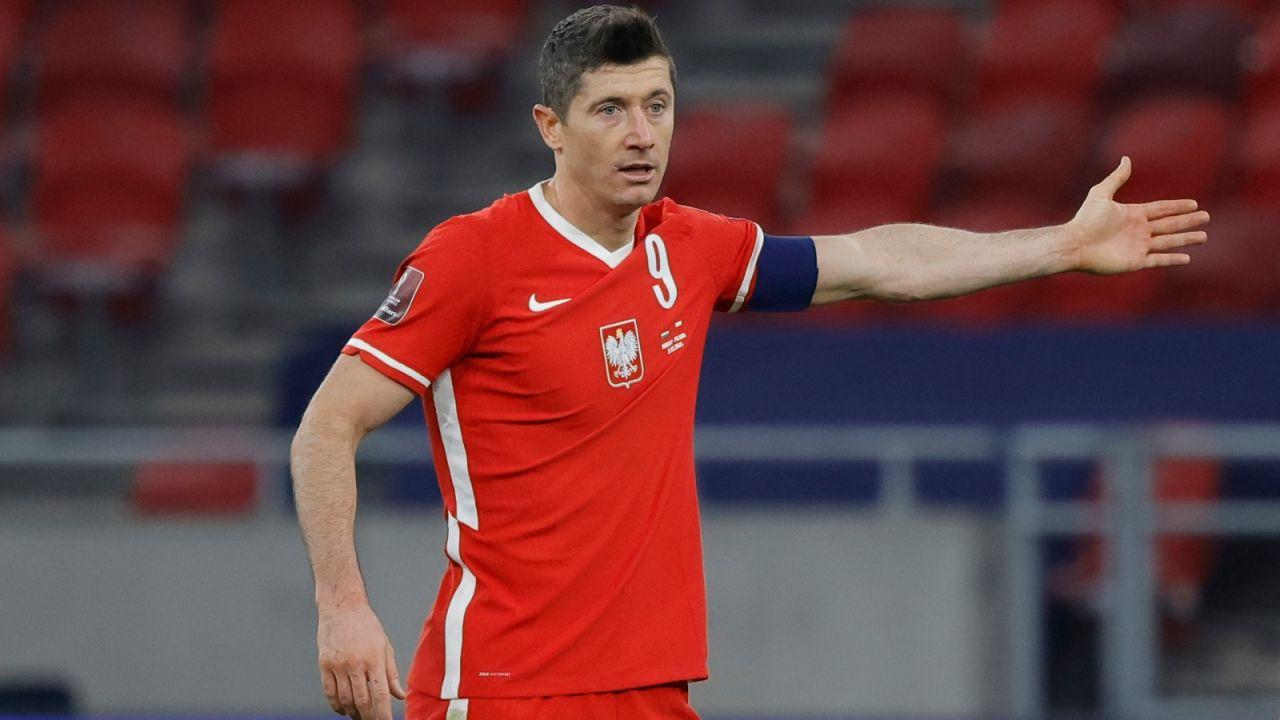 """El. MŚ 2022: Robert Lewandowski nie zagra na EURO 2020? """"Sprawa jest poważna"""" (sport.tvp.pl)"""