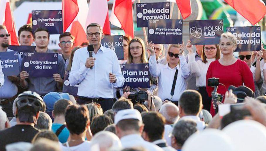 Premier Mateusz Morawiecki podczas wizyty w Tykocinie (fot. portal tvp.info)