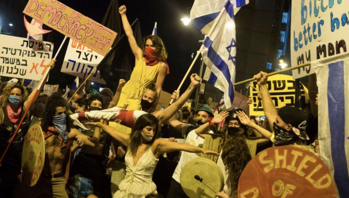 Przepis jest powszechnie postrzegany jako próba stłumienia protestów przeciwko premierowi Benjaminowi Netanjahu (fot. Amir Levy/Getty Images)