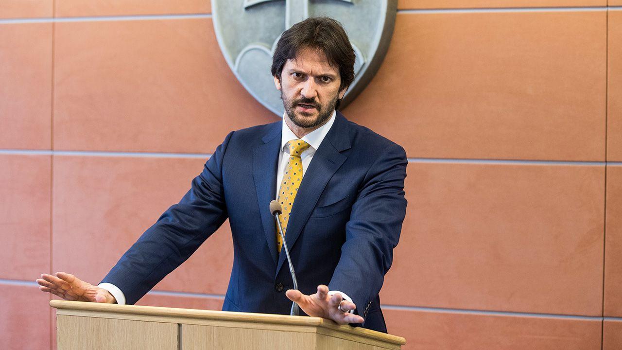 Robert Kalinak (fot. PAP/EPA/JAKUB GAVLAK)