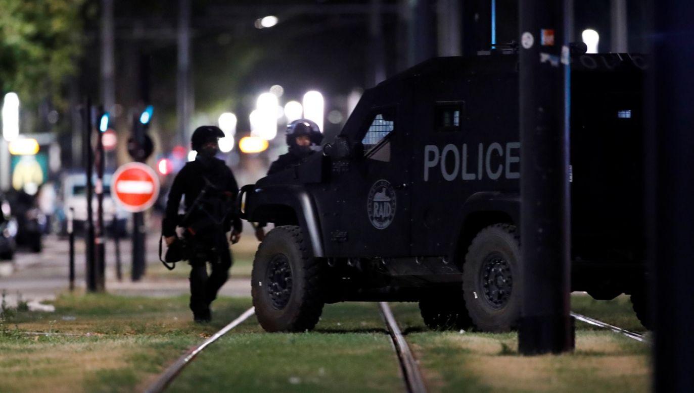 (Wcześniej policja informowała, że napastnik miał powiązania z islamistami (fot Reuters Gonzalo Fuentes)