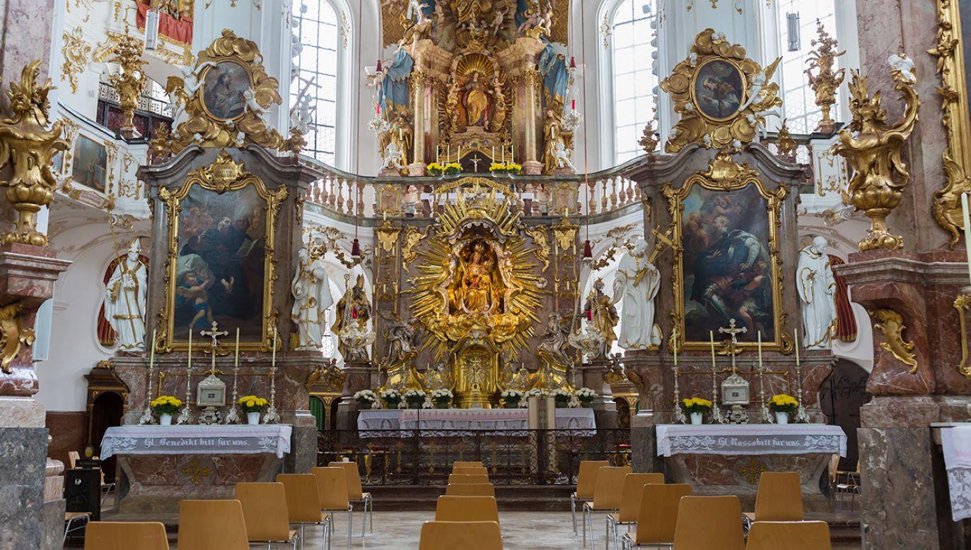 """Część duchownych w Niemczech jest przeciwna watykańskiemu """"responsum""""  (fot. Shutterstock)"""