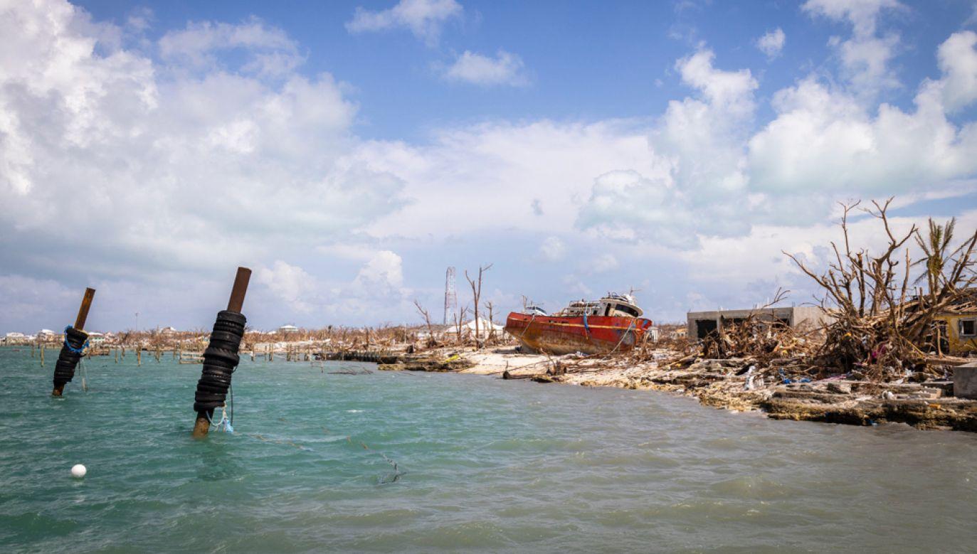 Burza tropikalna Humberto zbliża się do północnych rejonów Bahamów, które kilkanaście dni temu zostały zdewastowane przez huragan Dorian(fot. Alejandro Granadillo/Anadolu Agency via Getty Images)