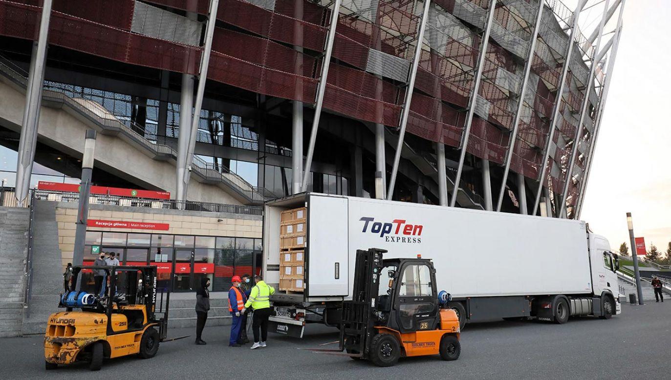 Szpital jest budowany w pomieszczeniach znajdujących się na koronie stadionu (fot. PAP/Paweł Supernak)