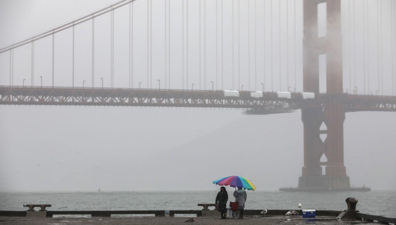 Ogłoszono stan powodzi w całym rejonie zatoki San Francisco (fot. Brontë Wittpenn/San Francisco Chronicle via Getty Images)
