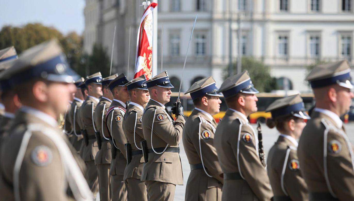 W Warszawie uczczono zwycięstwo wojsk polskich nad bolszewikami w Bitwie Niemeńskiej przed stu laty (fot. PAP/Leszek Szymański)