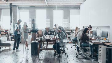 Microsoft chce zachęcić innych pracodawców do przyłączenia się do inicjatywy (fot. shutterstock/G-Stock Studio)