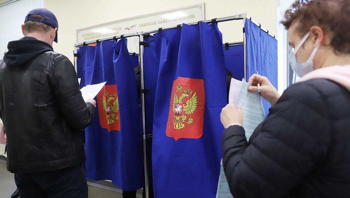 Podział mandatów w nowej Dumie Państwowej (fot. Sergei Mikhailichenko/SOPA Images/LightRocket via Getty Images)