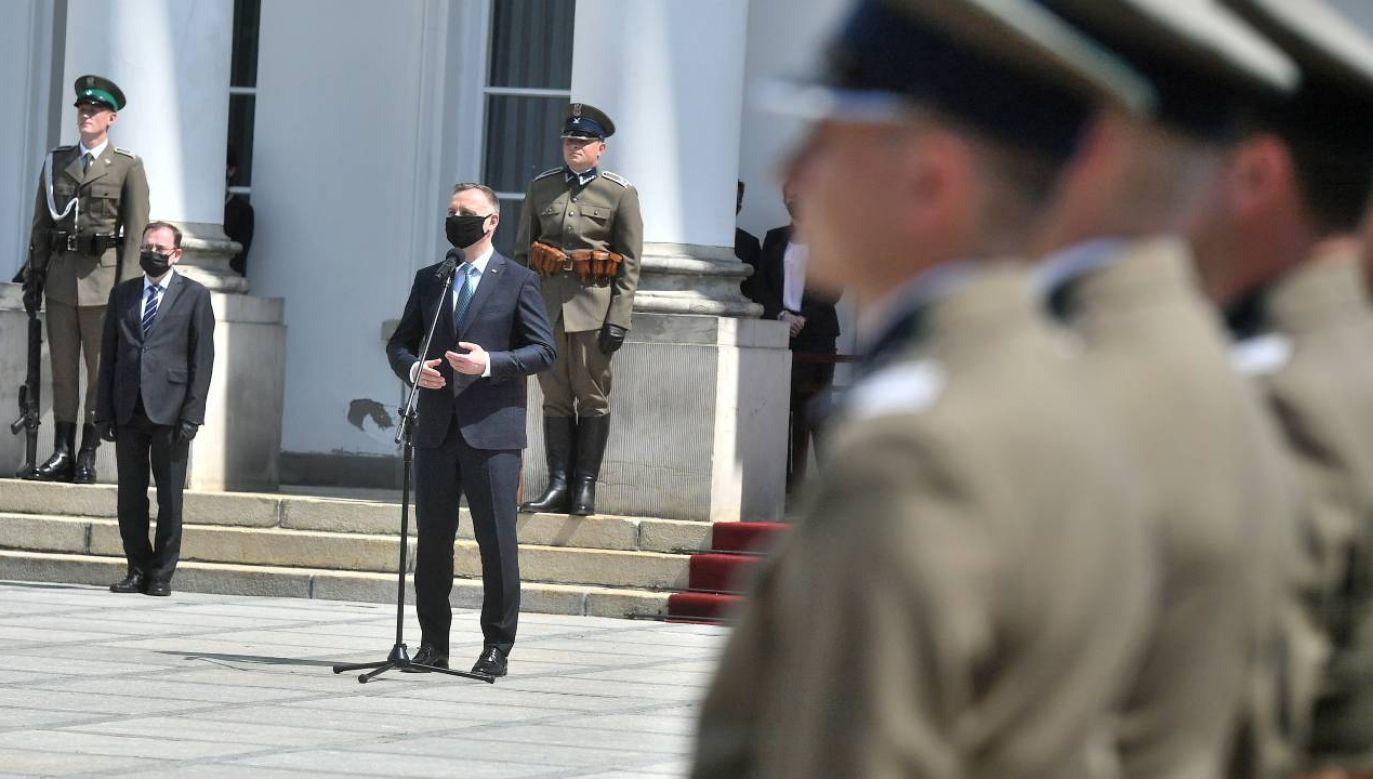 Prezydent Andrzej Duda podziękował pogranicznikom za służbę (fot. PAP/Andrzej Lange)