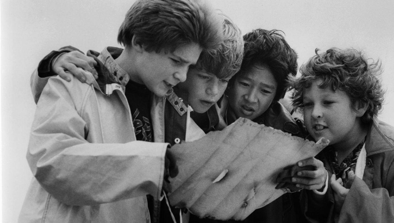 """W imponującej obsadzie """"Goonies"""" znaleźli się najbardziej rozpoznawalni młodzi aktorzy tamtej epoki (fot. Warner Brothers/Getty Images)"""