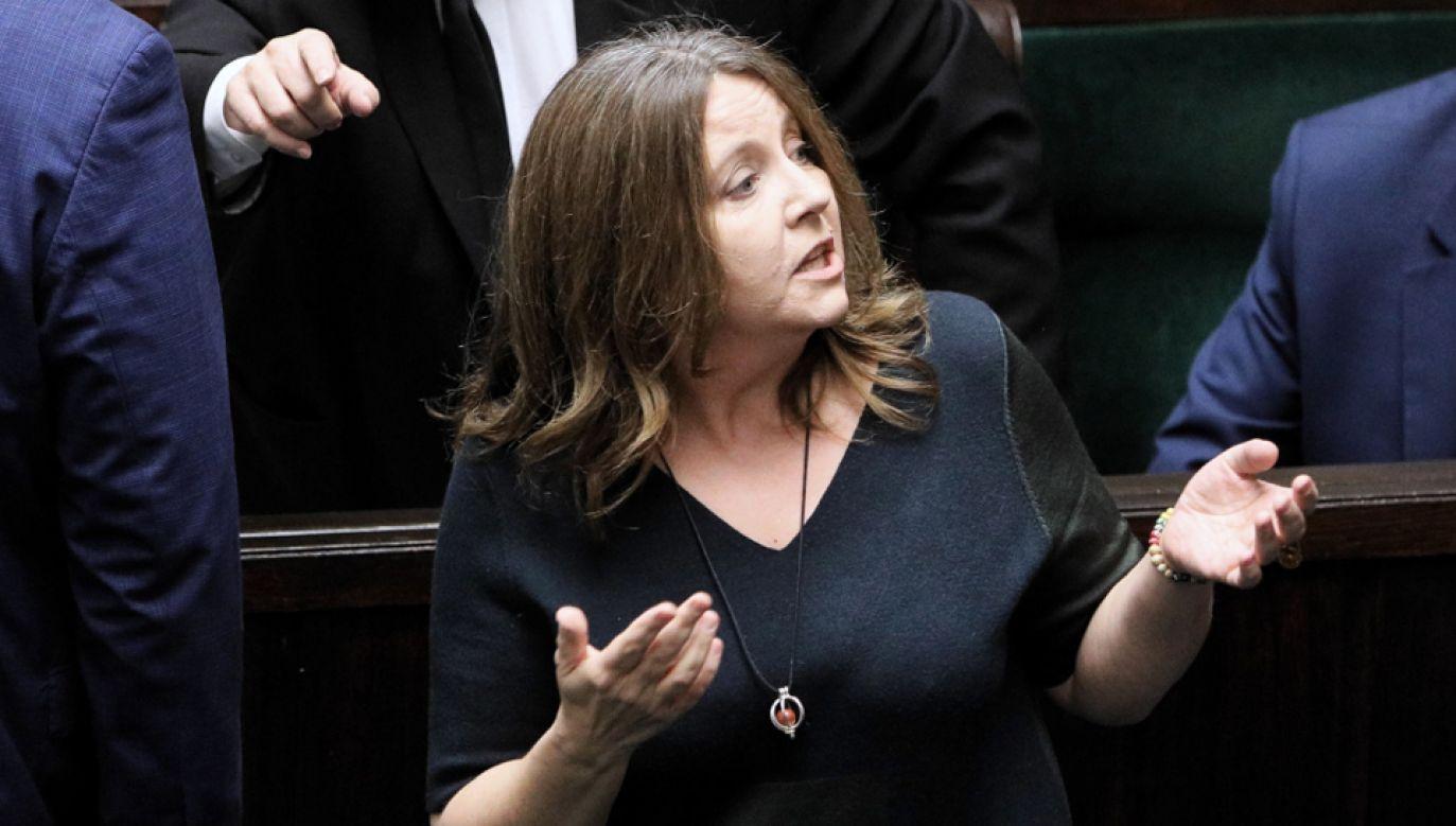 Posłanka PiS Joanna Lichocka na sali obrad Sejmu (fot. PAP/Paweł Supernak)