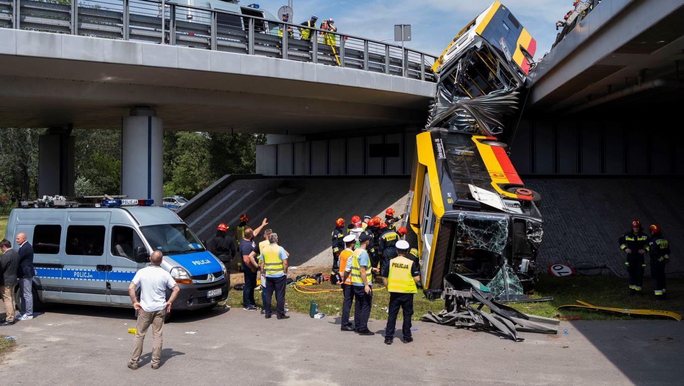 Wypadek autobusu w Warszawie 25 czerwca 2020. Fot. Krystian Dobuszynski/NurPhoto via Getty Images