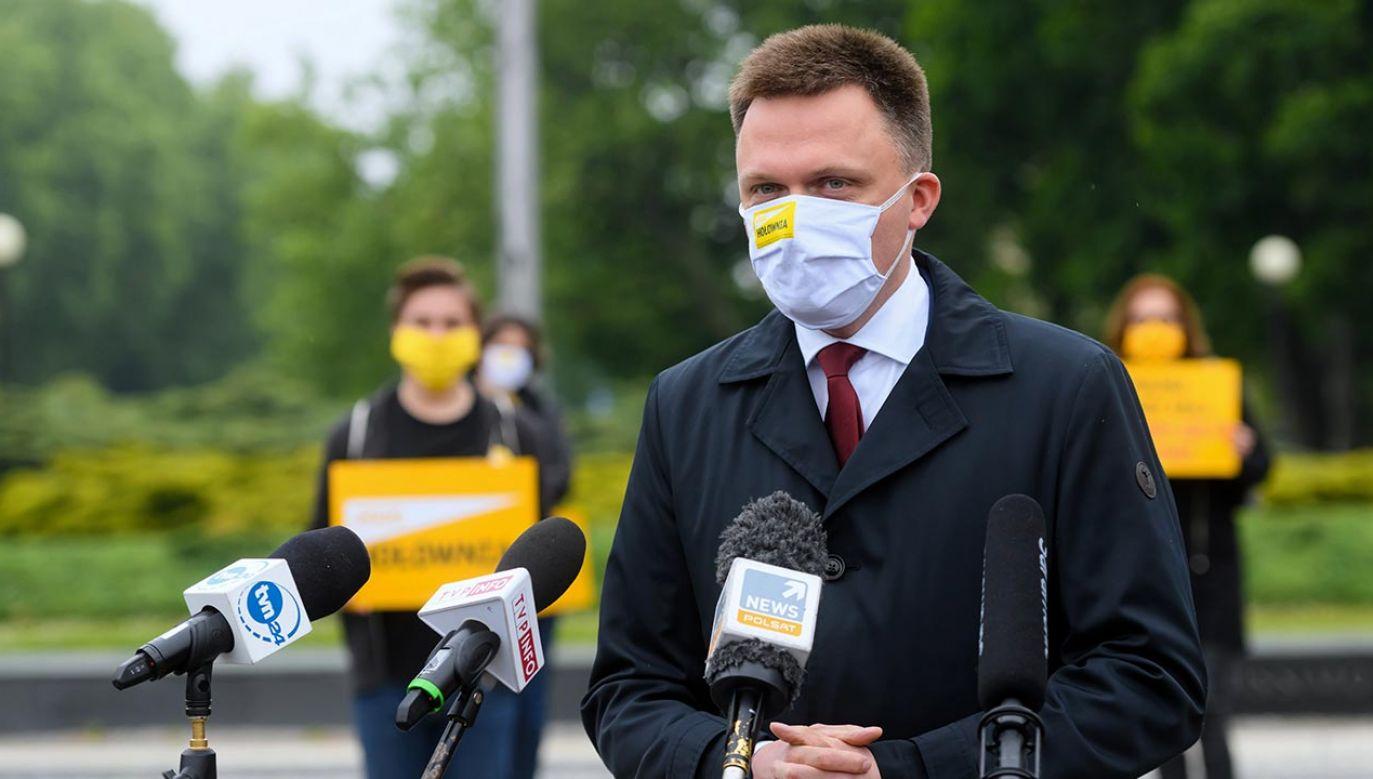 Był prezenter TVN krytykuje PO (fot. PAP/Jakub Kaczmarczyk)