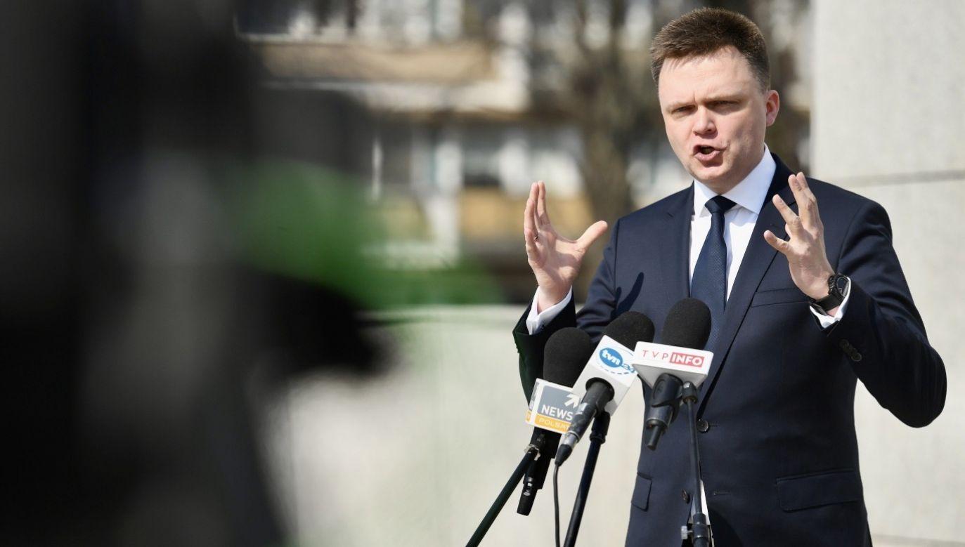 Kandydat na prezydenta Szymon Hołownia sugeruje, że może dojść do wyłączenia internetu po wyborach prezydenckich (fot. PAP/Piotr Nowak)