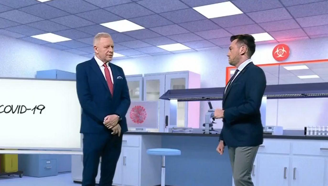 Dr Sutkowski podkreślił, że najlepszą ochroną przed koronawirusem jest zachowanie higieny osobistej (fot. TVP Info)