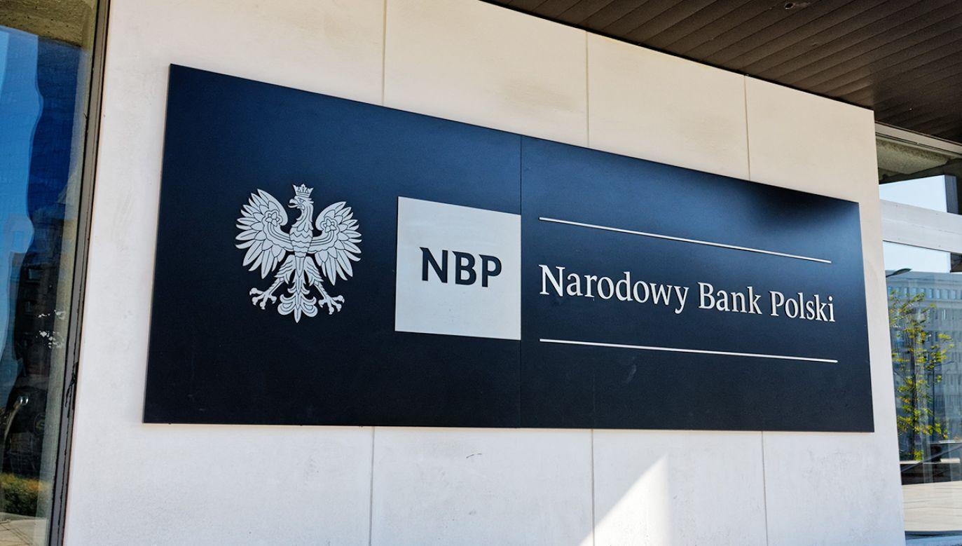 NBP podał wyniki banków za styczeń  (fot. Shutterstock/MOZCO Mateusz Szymanski)