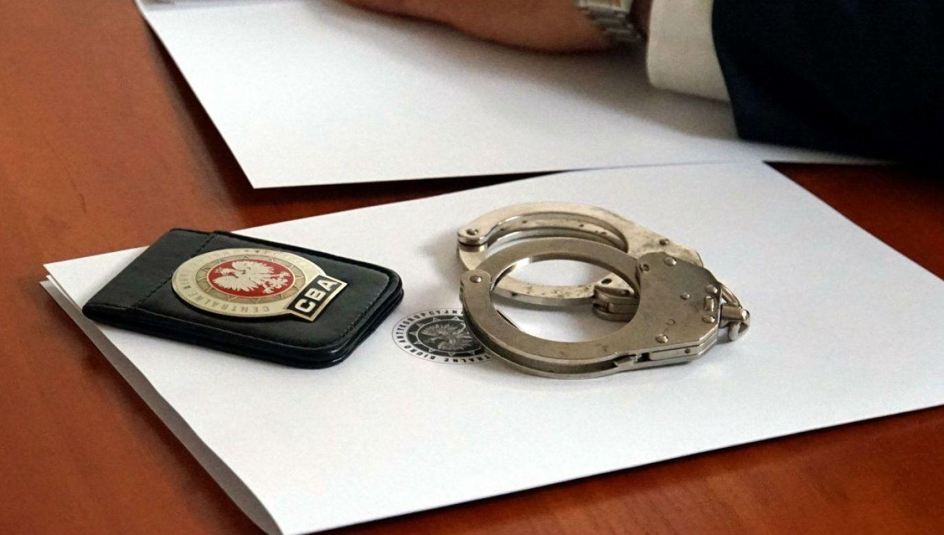 Oskarżeni mieli się dopuścić przestępstwa płatnej protekcji (fot. policja, zdjęcie ilustracyjne)