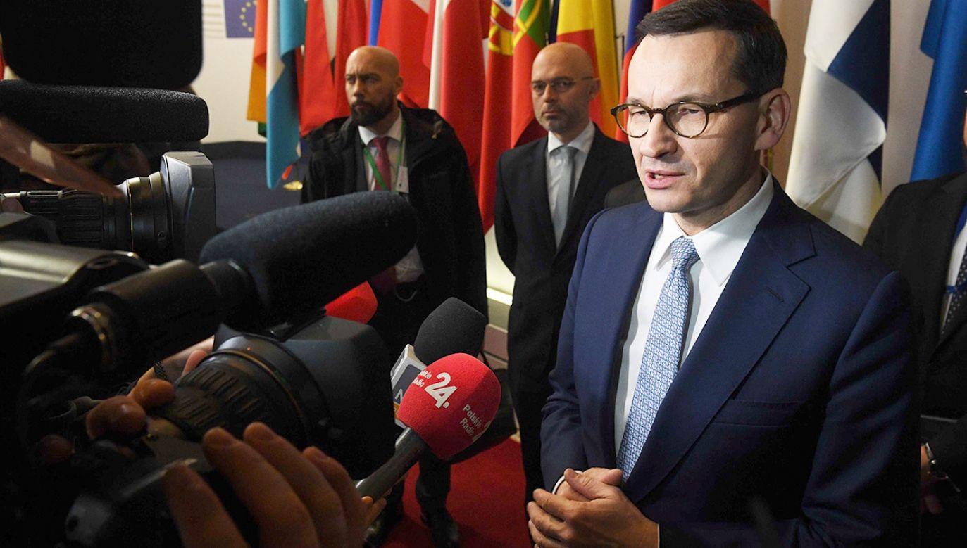 Liderzy UE porozumieli się w Brukseli, co do osiągnięcia neutralności klimatycznej do 2050 r. (fot. PAP/Radek Pietruszka)