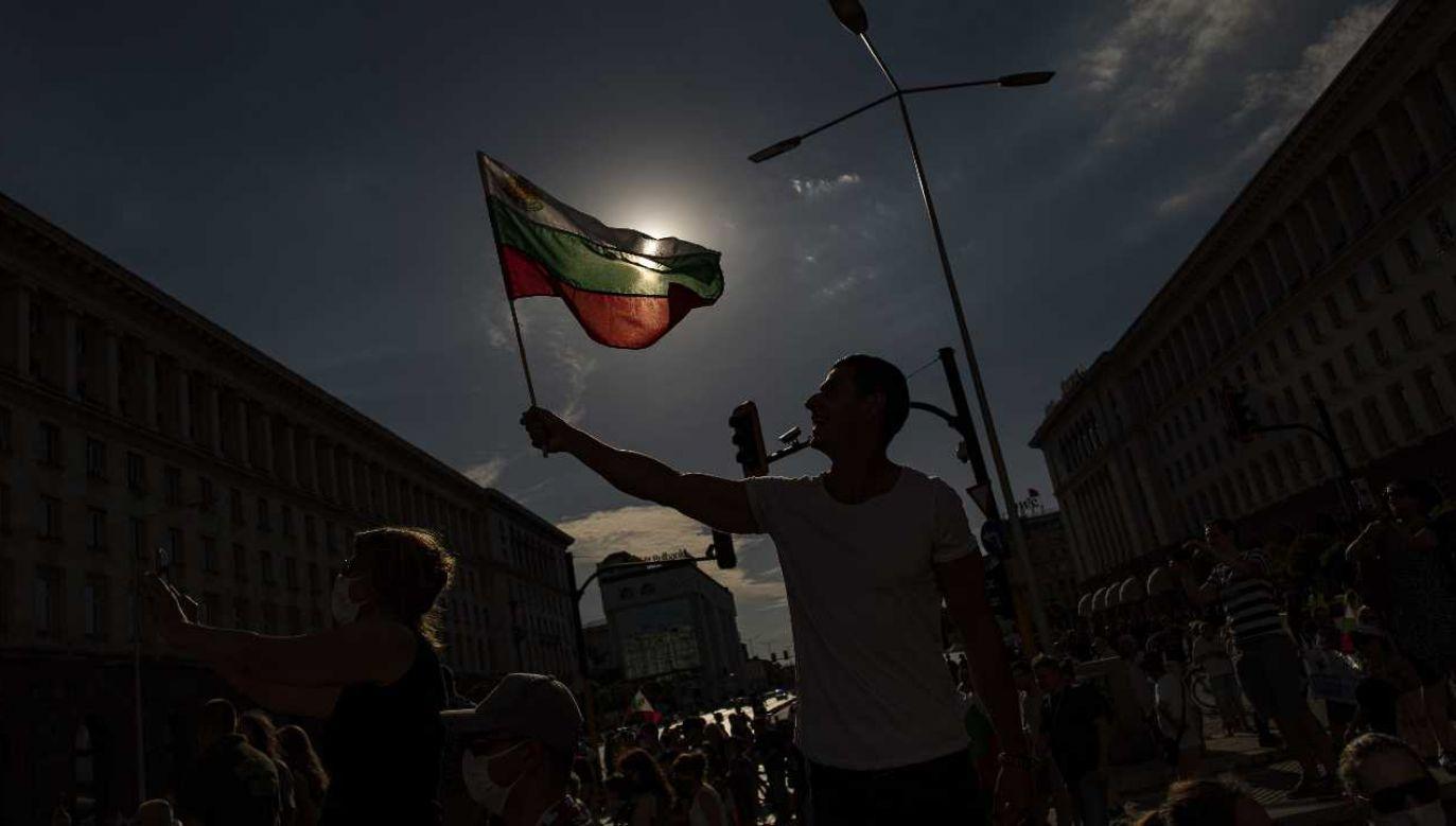 Protesty odbywają się w wielu miastach (fot. PAP/EPA/VASSIL DONEV)