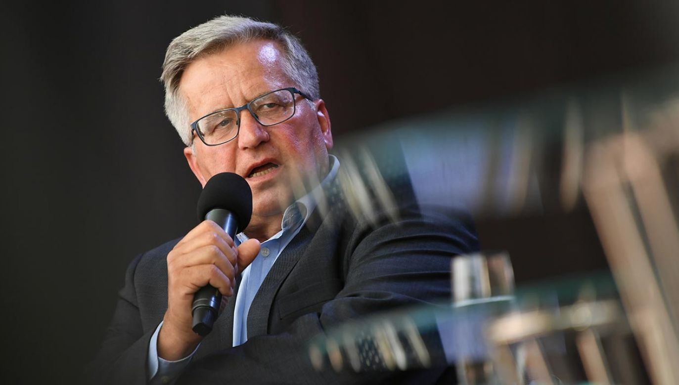 Były prezydent Bronisław Komorowski (fot. PAP/Adam Warżawa)
