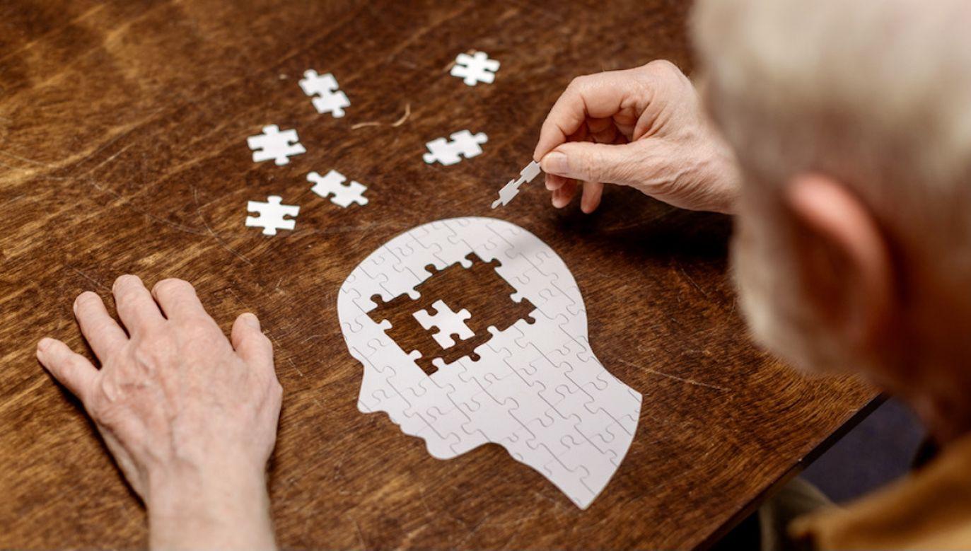 Osoby, które przeszły COVID–19 stały się bardziej podatne na m.in. depresję(fot. Shutterstock/LightField Studios)
