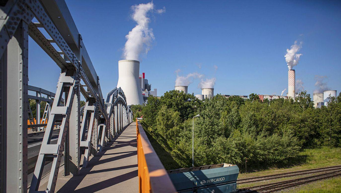 Elektrownia w Turowie (fot. arch.PAP/EPA/MARTIN DIVISEK)