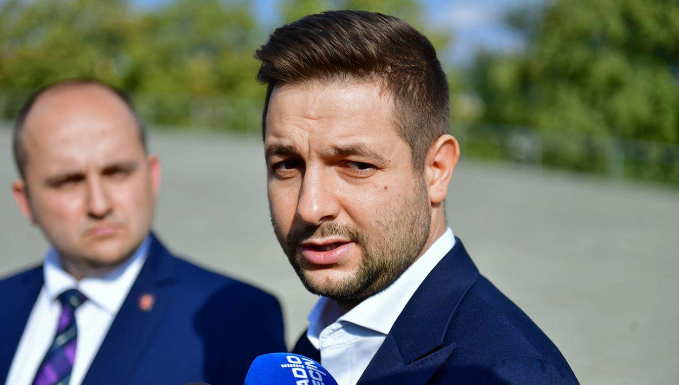 Zdaniem Patryka Jakiego sędziowie przyznali sobie kompetencje władzy ustawodawczej (fot. arch.PAP/Marcin Bielecki)