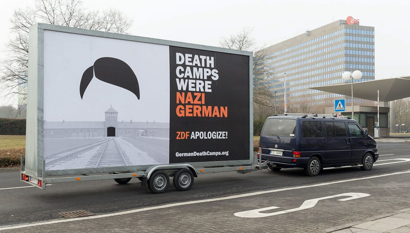 Czekają na niego m.in. blisko 100-letni b. więzień Auschwitz i oficer AK (fot. arch. PAP/JOERG HALISCH)